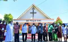 Wapres Ma`ruf Amin beri bantuan kepada gereja di Papua Barat